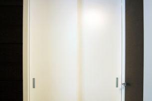 Sliding_italian_door.jpg