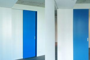 Sliding_blue_door.jpg